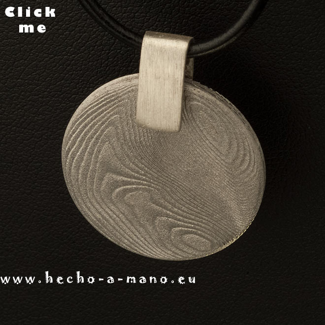Damascus Steel Pendant Selene (click for Details)