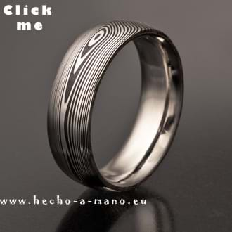 Damascus Steel Ring Erato (click for Details)