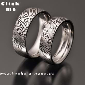 Damascus Steel Wedding bands Themis (click for Details)