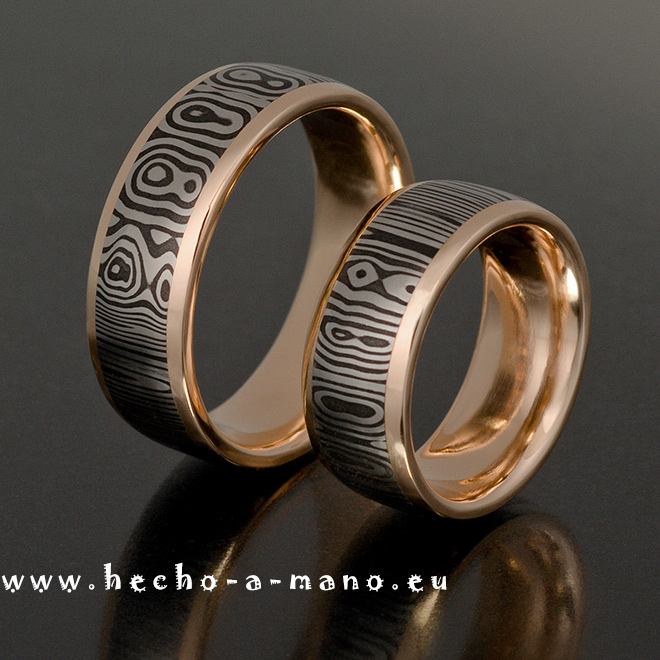 Handgefertigte Trauringe mit 18k Gelbgold Channel aus der NobleCollection